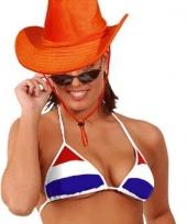 Oranje luxe cowboyhoed trend