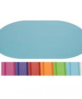 Placemats in vrolijke kleuren trend
