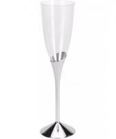 Plastic champagneglazen zilver 4 stuks trend