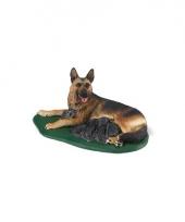 Plastic duitse herder met puppies speelfiguur 10 cm trend