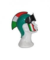 Plastic helm italie trend