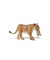 Plastic leeuwin met welp speelgoed dier 16 cm trend