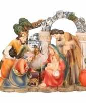 Religieus kerst beeldje van het heilige gezin en 3 wijzen 14 cm trend