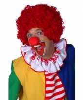 Rode clownspruiken trend