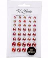 Rode plak parels 40 stuks voor het gezicht trend