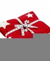 Rood met witte kerst deken trend