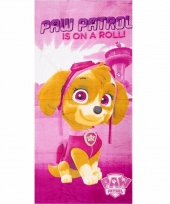 Roze badlaken paw patrol is on a roll trend