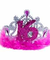 Roze sweet 16 tiara trend