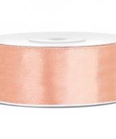 Satijn sierlint perzik kleur 25 mm trend