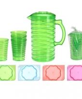 Schenkkanset van hard gekleurd plastic trend