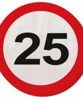 Servet 25 jaar verkeersbord trend