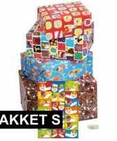 Sint cadeaupapier pakket s met etiketten trend