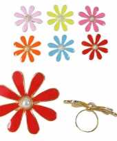 Sixties verkleedaccessoires ring met bloem trend
