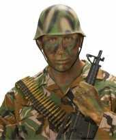 Soldaten helm camouflage trend