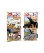 Speelgoed paarden grijs met veulen en hond trend