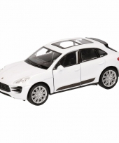 Speelgoed witte porsche macan turbo auto 12 cm trend