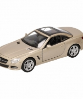 Speelgoed zilveren mercedes sl500 12 dichte cabrio 1 36 trend