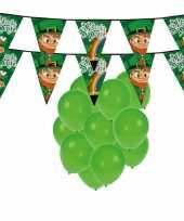 St patricks day feestartikelen met ballonnen en slingers trend