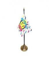 Tafelvlaggetje happy birthday 60 met standaard trend