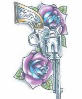Tijdelijke tatoeage gekleurde revolver trend