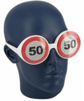 Verjaardagbril met 50 verkeersbord trend