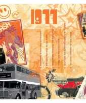 Verjaardagskaart met muziekhits uit 1977 trend