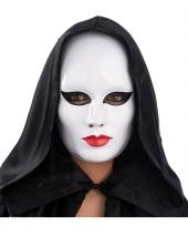 Vrouwen masker wit met rode lippen trend