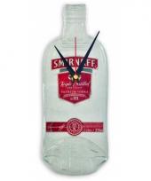 Wanddecoratie smirnoff vodka fles klok trend