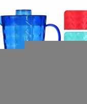 Water kan met koelelement van rood plastic trend