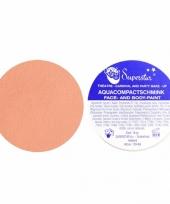 Water schmink roze huidtint trend