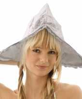 Wit kaasmeisjes kapje voor dames trend