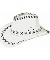 Witte cowboyhoed met zwarte stiksels trend