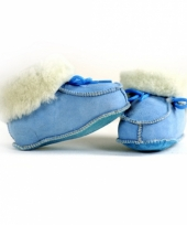 Zachte blauwe spaanse babysloffen trend