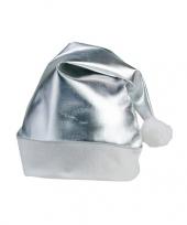 Zilveren kerstartikelen kerstmuts trend
