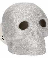 Zilveren schedel met glitters en led verlichting 9 cm trend