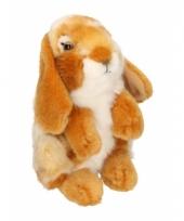 Zittend konijnen knuffeltje roodbruin 18 cm met kraalogen trend