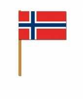 Zwaaivlaggetjes noorwegen trend