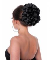 Zwarte bloem haarklem trend