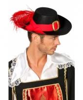 Zwarte musketiers hoeden trend