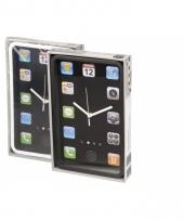 Zwarte wandklok iphone look a like trend